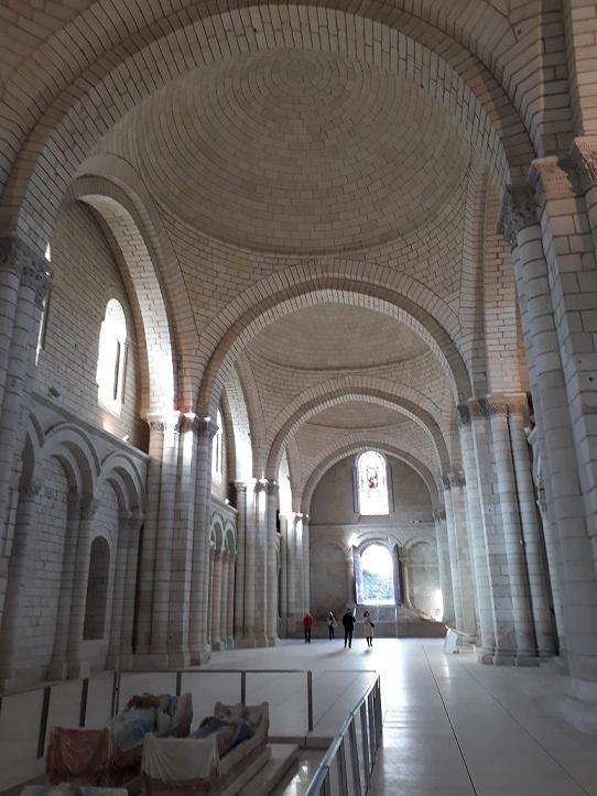 jalan jalan ke Perancis visit monumen sejarah Fontevreaud