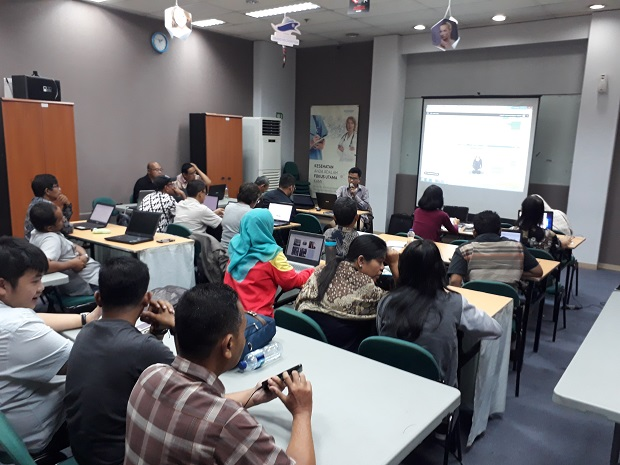 Suasana jumat di kelas sb1m online marketing