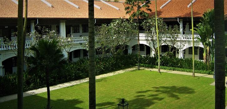 Kunjungi  kamar ratu Ingris di hotel legendaris Raffles Singapore
