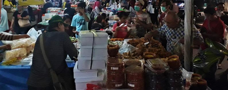 Pasar Benhil tidak kalah juga untuk jualan makanan buka puasa