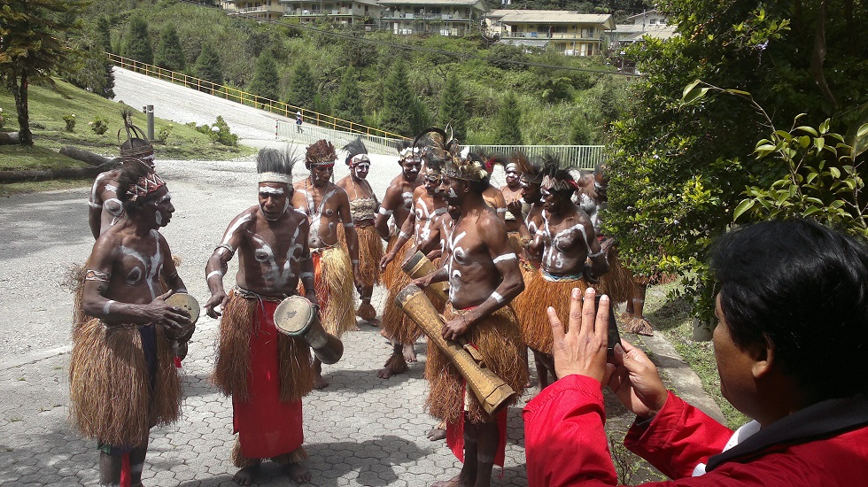 Papua people adventure