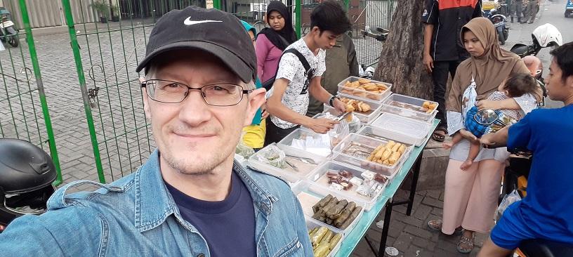 Jualan makanan buka puasa di Jalan Bangka