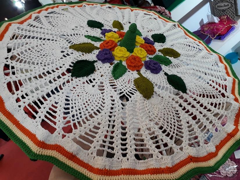 Jualan Rajutan Ibu Sri Wuryanti