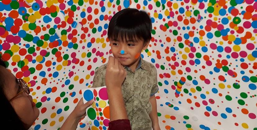 Museum Macan Yayoi Kusama goyangkan perasaan dengan suasana aneh tenang