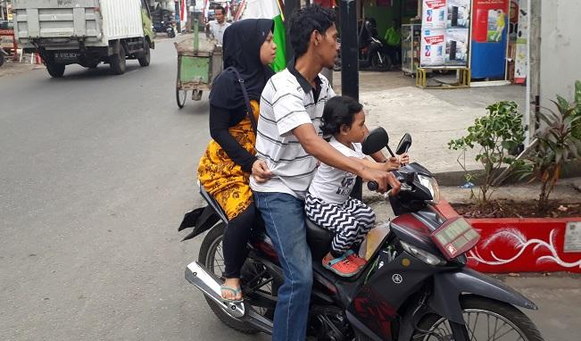 Jakarta street safety rules
